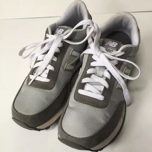 New Balance 501 Sz 7.5 gray running shoes sneakers